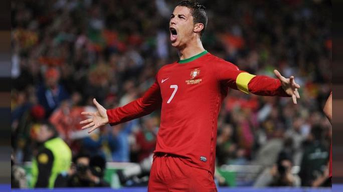 Cristiano Ronaldo ikiz babası oldu
