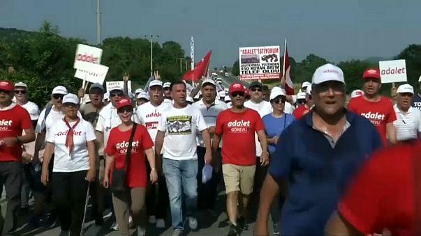 CHP'nin adalet yürüyüşü onaltıncı gününde