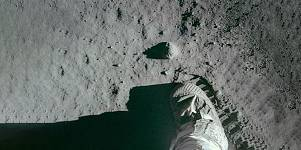 The Apollo Missions: Legends of Space
