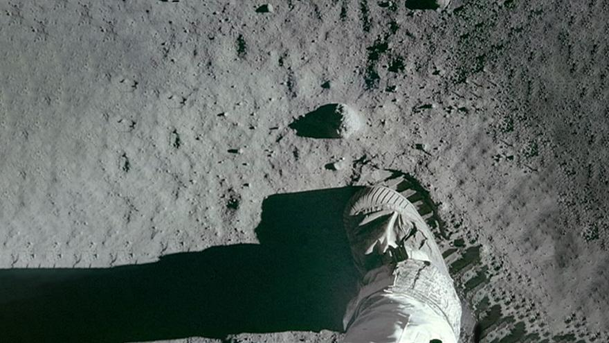 Az űrkutatás legendái: Ember a Holdon - Az Apolló-11 küldetése
