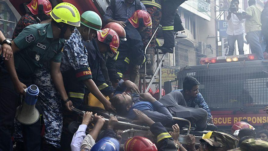Image: Bangladesh building fire