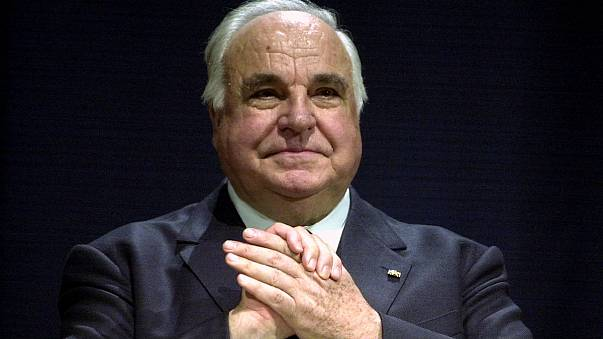 Le Parlement européen va rendre hommage à Helmut Kohl