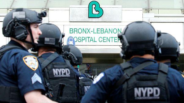 New York: terrore all'ospedale, medico spara agli ex colleghi poi si suicida