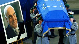Europa despede-se de Helmut Kohl
