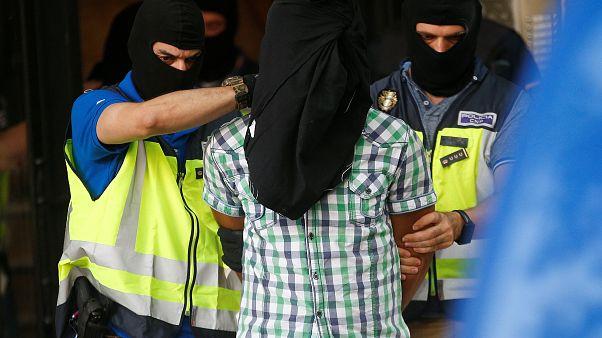 شرطة اسبانيا تعتقل دنماركيا من أصل سوري حارب مع داعش