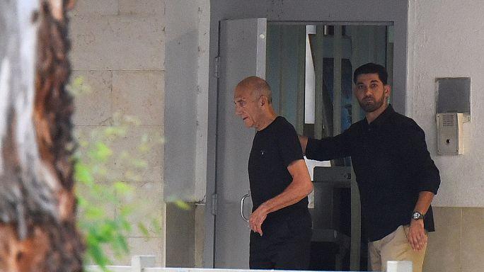 16 ay hapis yatan Ehud Olmert serbest