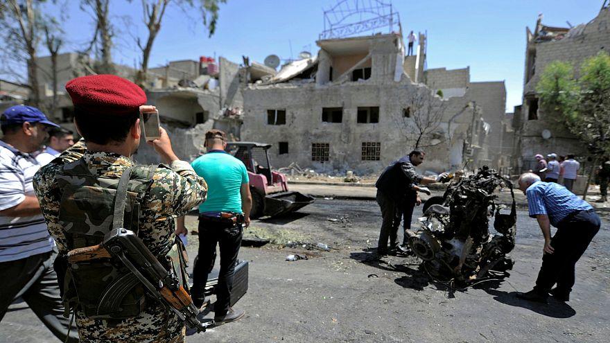 انفجار خودروی بمبگذاری شده در دمشق دست کم ۱۹ کشته برجای گذاشت