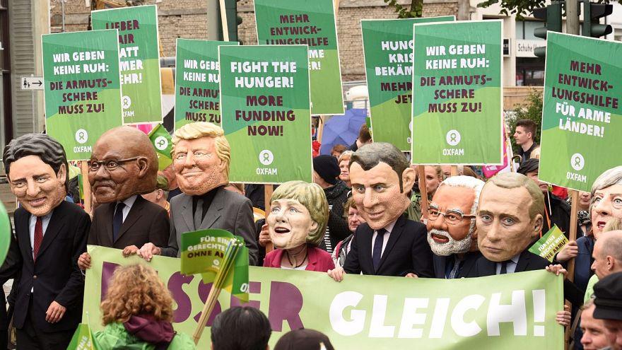 Ezrek tüntettek a jövő heti G20-csúcs helyszínén