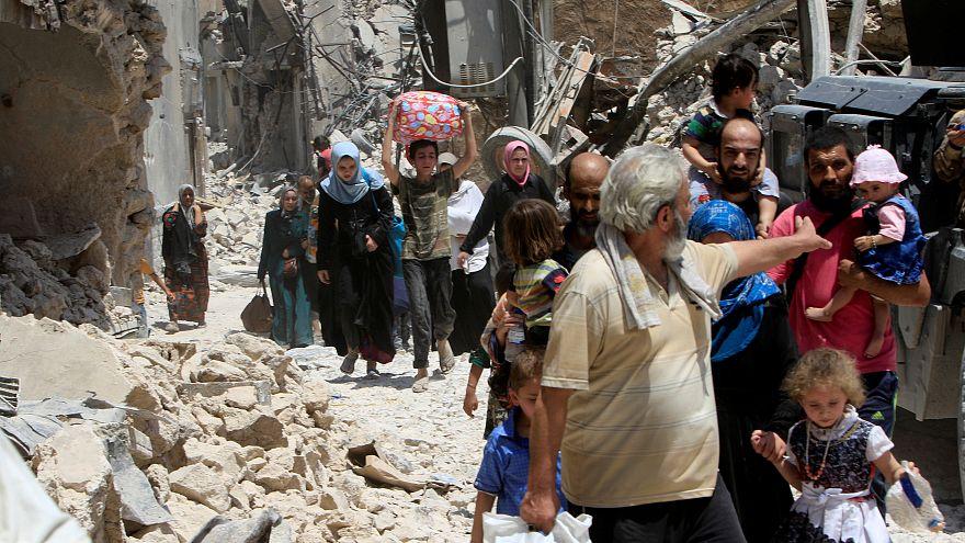 Civis deixam Mossul em desespero