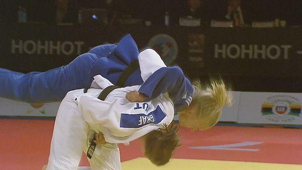 Judo: Bernadette Graf e Lukas Krpalek vencem no Grande Prémio de Hohhot