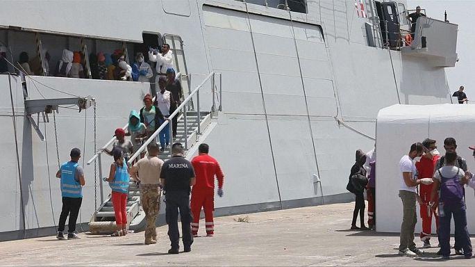 Francia y Alemania respaldan a Italia ante la crisis migratoria