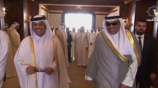 سفر وزیر خارجه قطر به کویت برای پاسخ به درخواستهای عربستان