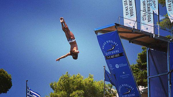 Kreta: 1. Cliff-Diving-Wettbewerb
