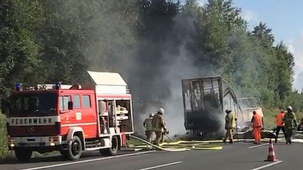 Nyugdíjasok haltak meg egy bajor buszbalesetben
