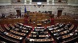 Προ ημερησίας συζήτηση στη Βουλή για την οικονομία - Κόντρα Τσίπρα και Μητσοτάκη