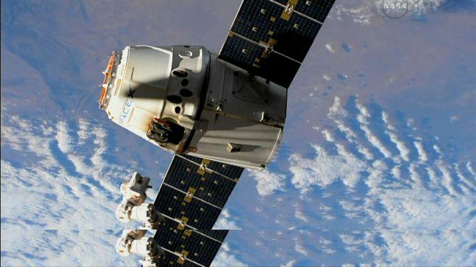 SpaceX Dragon já chegou à Terra