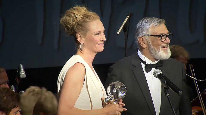 Ума Турман и Кейси Аффлек получили премию президента Карловарского фестиваля