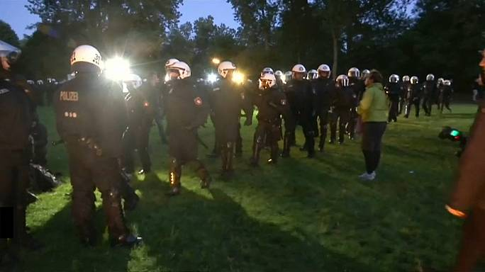 Alman polisinden G20 müdahalesi