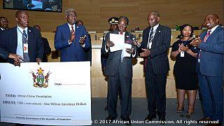 Sommet de l'Union africaine : Mugabe vend des vaches pour offrir 1 million de dollars à la fondation de l'UA