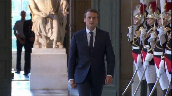 Macron Kongre'ye hitap etti