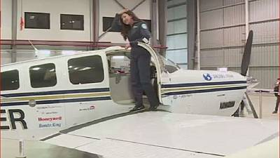 Une pilote afghane fait le tour du monde en avion