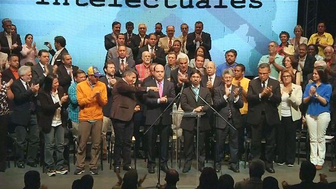 La oposición venezolana anuncia un referéndum sobre la Constituyente de Maduro