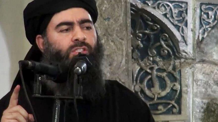 داعش يعدم أحد دعاته حرقا بعد تلميحه بمقتل البغدادي