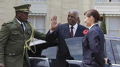 A peine rentré en Angola, le président dos Santos repart en Espagne