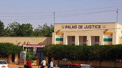 Niger : un journaliste écroué pour vol d'un document judiciaire (journal)