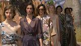 Moda: Dior celebra 70 anni, abiti in mostra a Parigi