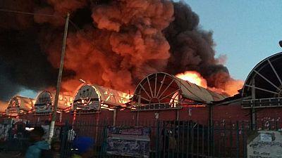 Zambie : le plus grand marché de la capitale incendié
