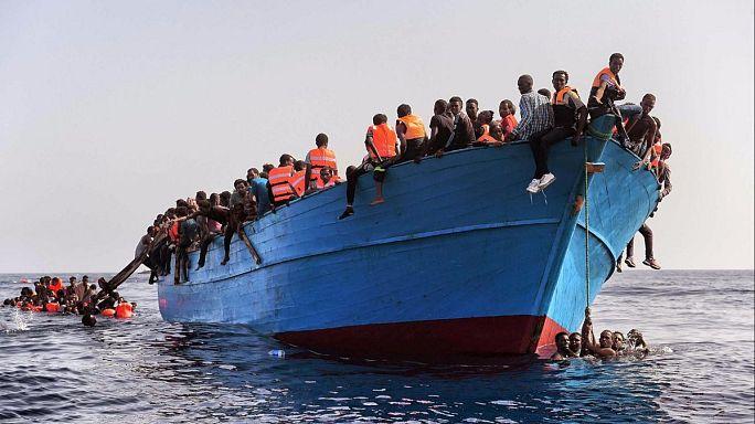 """Migranti, AOI: """"Accuse false sulle ONG"""""""