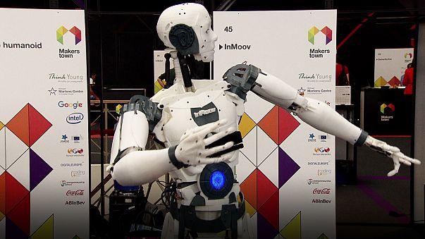 """UE a corto di menti scientifiche: a rendere la tecnologia a portata di mano ci pensano i """"makers"""""""