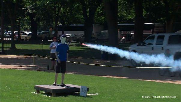 Video: Wie man Feuerwerkskörper nicht benutzen sollte