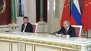 موسكو وبكين تدعوان في بيان مشترك لتخفيف التوتر في شبه الجزيرة الكورية