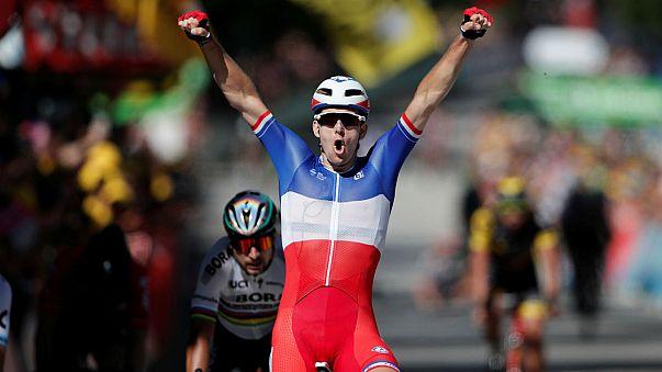 Arnaud Démare remporte une 4e étape chaotique