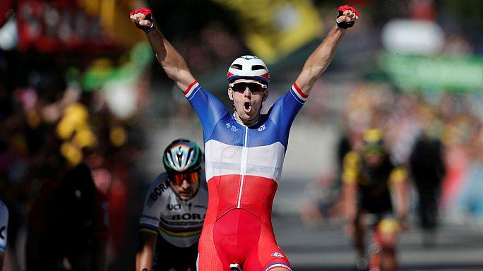 Tour de France: Sagan scorretto in volata, escluso dalla corsa