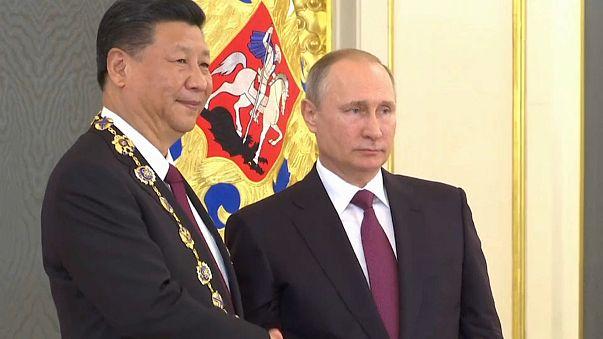 """Россия и Китай договорились о """"всеобъемлющем партнёрстве"""""""