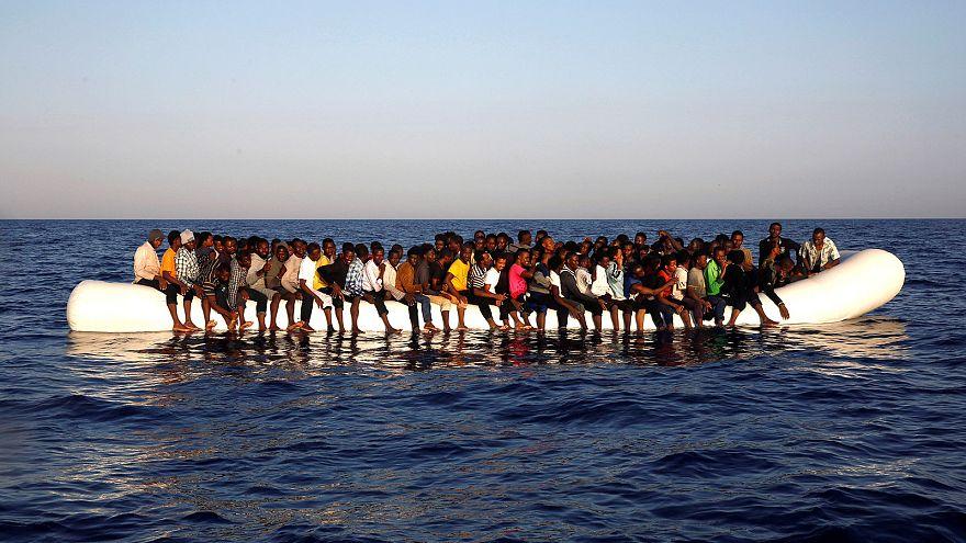 AB'den göçmen akınına uğrayan İtalya için eylem planı