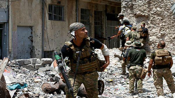 Mosul, liberato l'ospedale. Recuperati 75 cadaveri