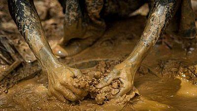 Ghana : une mine s'effondre, dix-sept personnes portées disparues