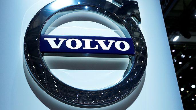 Volvo, bye bye motore a benzina
