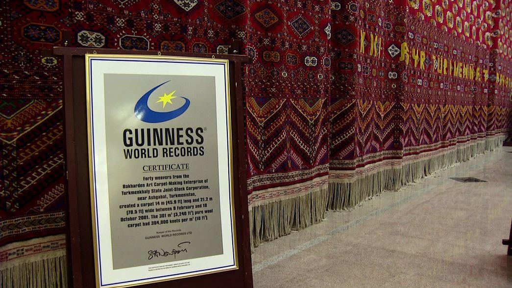 Achgabat et ses tapis dignes des records