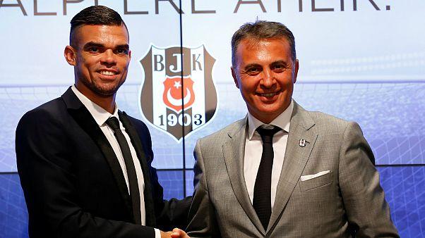 Pepe confirmado no Besiktas com contrato milionário