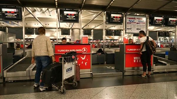 US laptop ban lifted say Turkish and Emirates Airlines