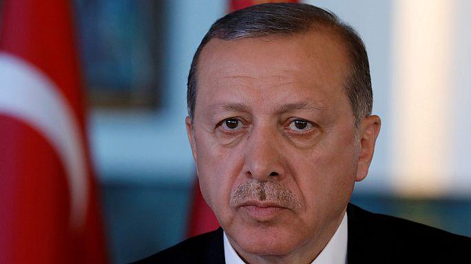 EU-Türkei: EP fordert Aussetzung der Beittrittsverhandlungen