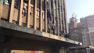 South Africa: 7 dead in Johannesburg apartment block fire
