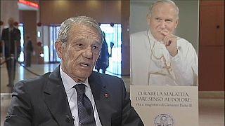 """Addio a Navarro Valls, storica """"voce"""" di Papa Woitjla"""