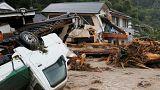 Temporal inunda e mata na terceira maior ilha do Japão