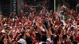 Estalla la fiesta en Pamplona con el tradicional chupinazo
